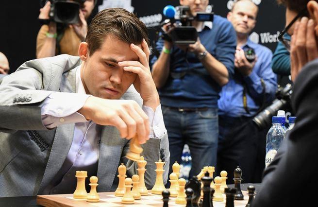 Virus, Nor a Twitch. Tři důvody, proč je z šachu globální zábava