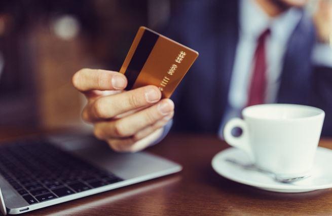 Umělá inteligence změní finanční poradenství