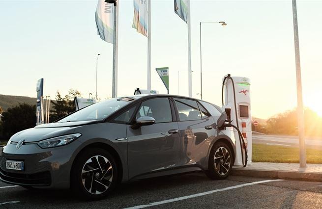 Brouk pro budoucnost. Elektro(p)osel od VW mění kurz autobyznysu