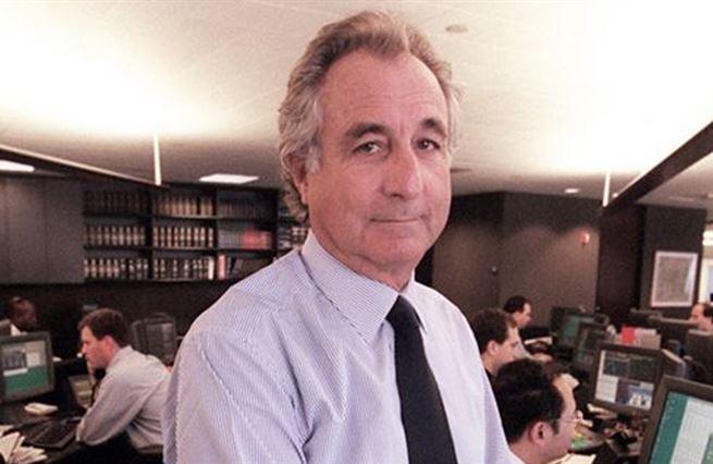 Svět podle Madoffa: Frantovi nasypte, co ukradneme Honzovi