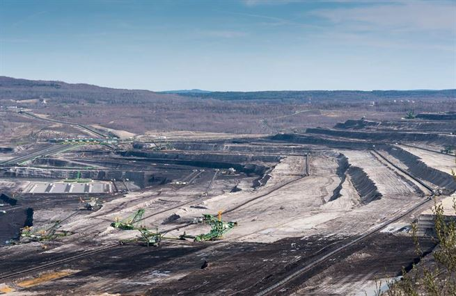 Polsko hraje o hodně. Spor o důl v Turowě je víc než politika