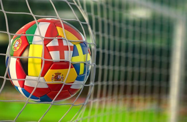 Místo špílmachrů flexibilní hráči. Fotbal ilustruje proměnu celé společnosti