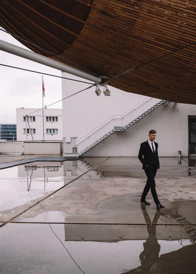 Václav Dejčmar na střeše DOXu