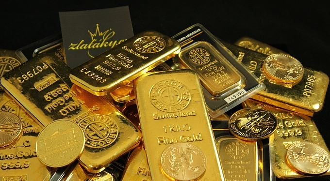 Zlato – jediné jisté peníze, které neovlivní politici ani bankéři