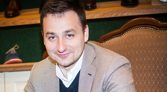 Jakub Lohniský: Oblek vybírejte radši bez manželky