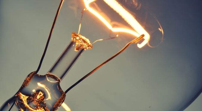 Vyúčtování elektřiny: Spotřeba nulová, účet za pár stovek
