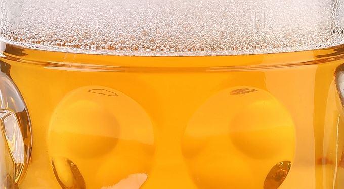 Evidence tržeb a zákaz kouření zničí pětinu hospod, bojí se pivovary