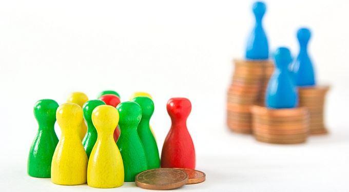 Nejen minimální, také zaručená mzda: Kolik musíte brát. A co dělat, když šéf dává míň