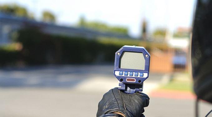 Řidiči bez bodů: Úřad jim bude moci sebrat průkaz hned, bez soudu