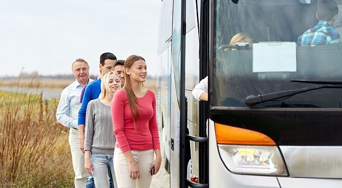Příspěvek na dojíždění: Kdo má nárok, kolik dostane a jak žádat