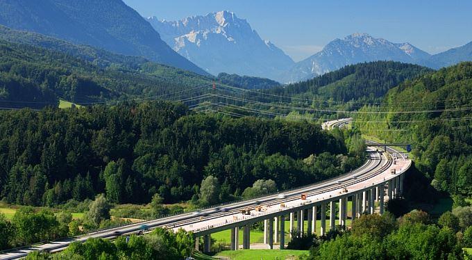Za německé dálnice se bude platit, padla poslední překážka. Rakousko podá žalobu