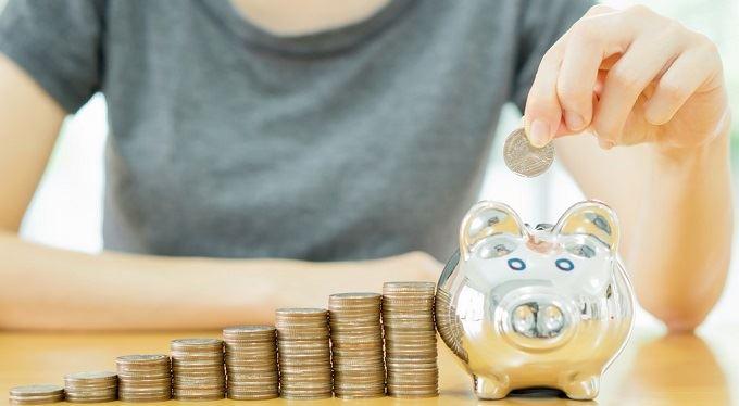 Chybí vám peníze na splácení drahých půjček? Převeďte je ke konkurenci a slučte je