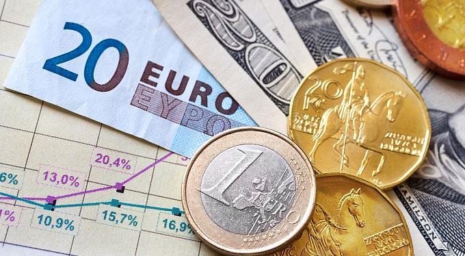 eTrader €uroBarometr: Česká koruna může být zajímavá investice i v roce 2018