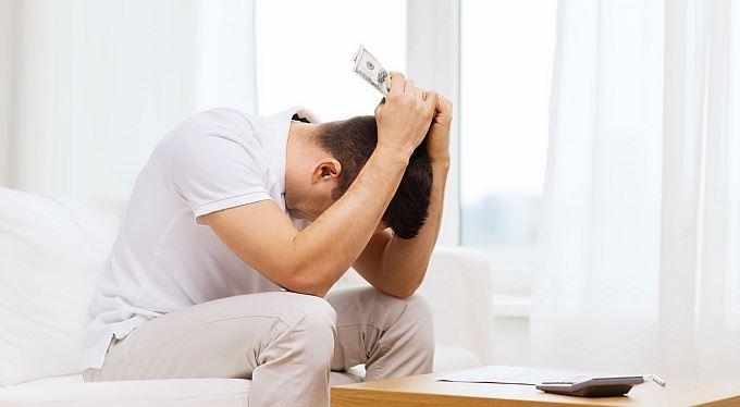 Půjčky na dovolenou jsou nesmysl. Proč a jak předejít zadlužení?