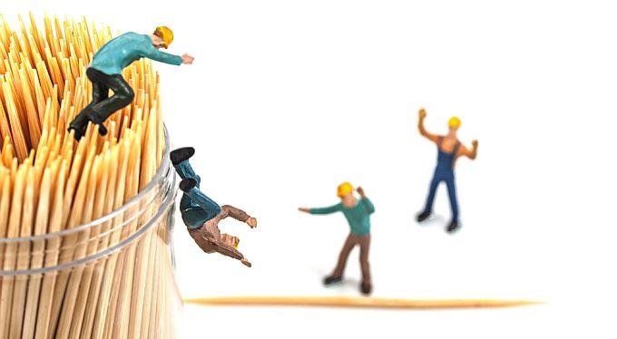 Absurdita končí. Nezaměstnaným po pracovním úraze se už nebudou snižovat renty