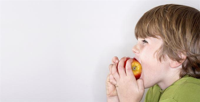 Dináry, marky a jablka