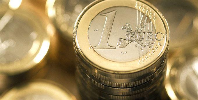 Proč nezavést euro