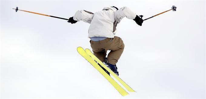 Balada o vypůjčené lyži