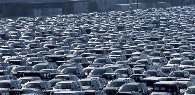 Krize drtí automobilky