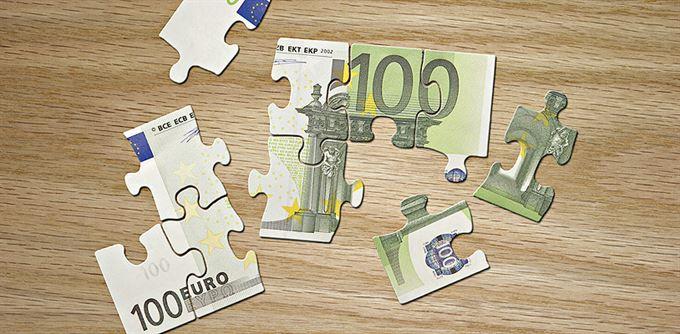 Euro: Deset let úspěchů i neúspěchů