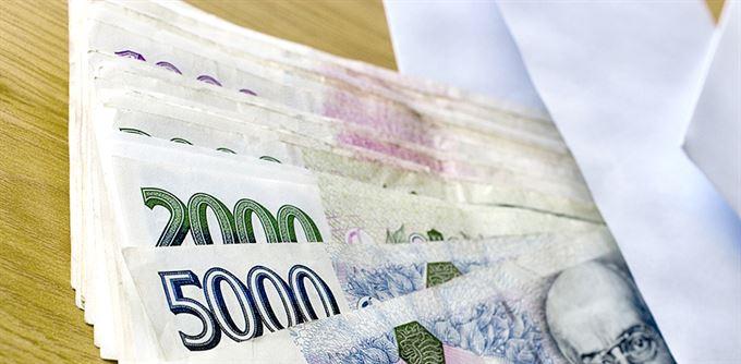 Přivábí investory dividendy?