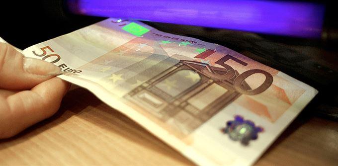Pozor na falešné iluze i peníze