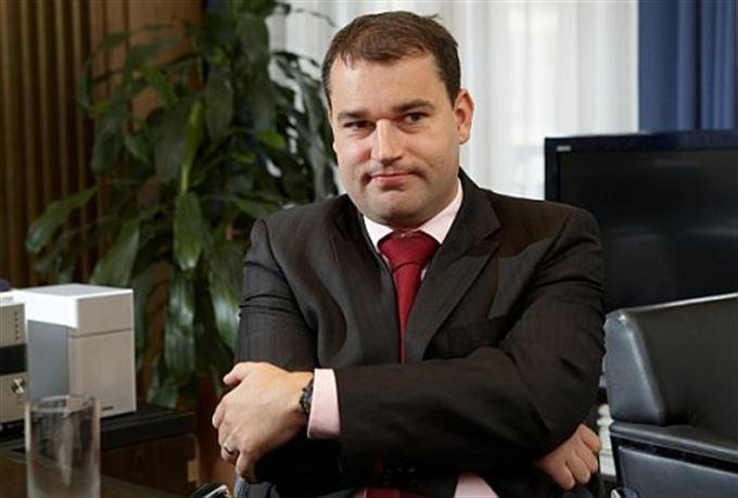 Mojmír Hampl: Bankéři zmáčkli atomové tlačítko