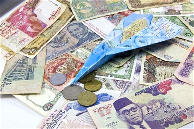 Měny roku 2011? Chilské peso, brazilský real a ruský rubl!