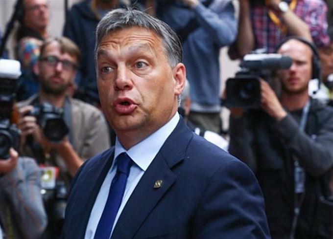 Orbán odmítá podmínky MMF. Hraje ale jen o čas