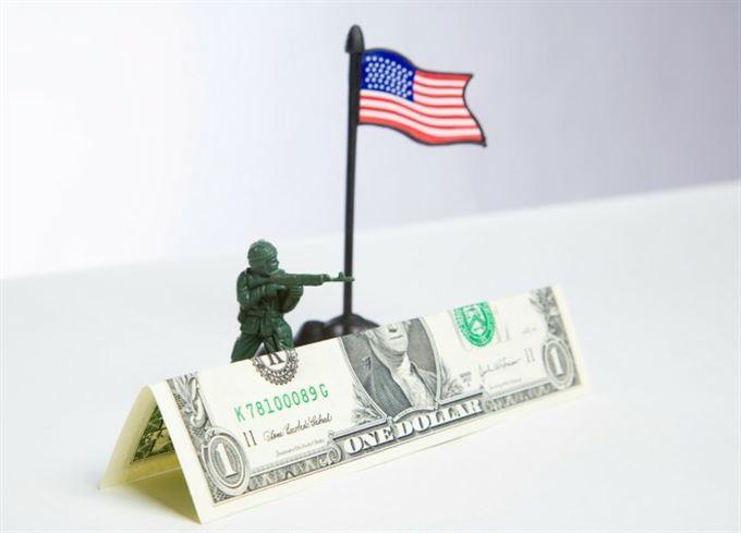 Světová finanční válka je tu
