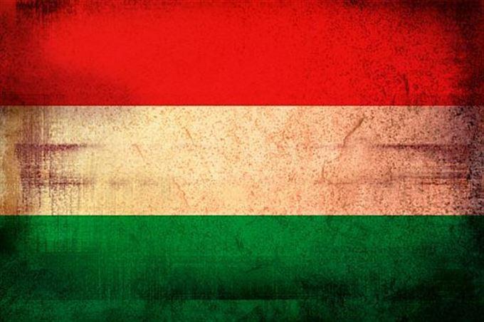 Rating padá, forint padá. Orbán se drží