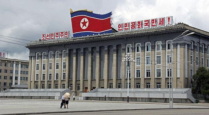 Jak si pro Kim Čong-ila přiletělo tisíc jeřábů