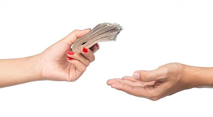 Investice do fondů: Komu svěřit peníze?