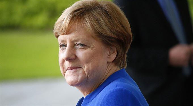 Mutti Merkelová potřetí recyklovaná