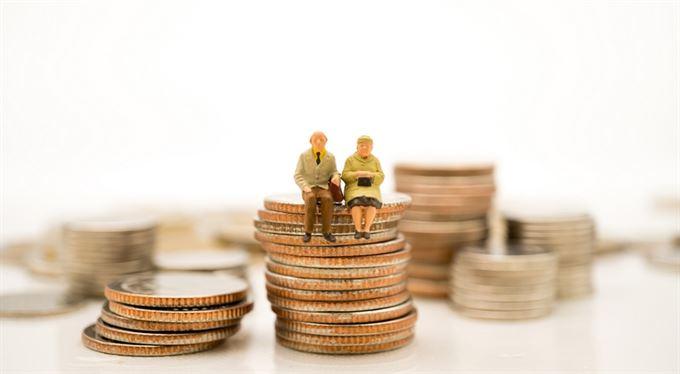 Stovky miliard v penzijních fondech: jak myslíme na stáří?