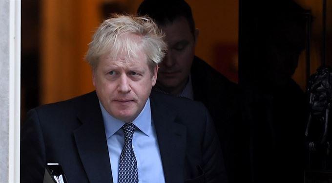 Ani oblečená, ani svlečená. Boris