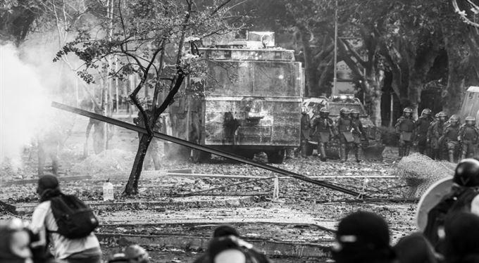 Kořeny protestů a rabování: Chile je bohaté, ale Chilané chudí